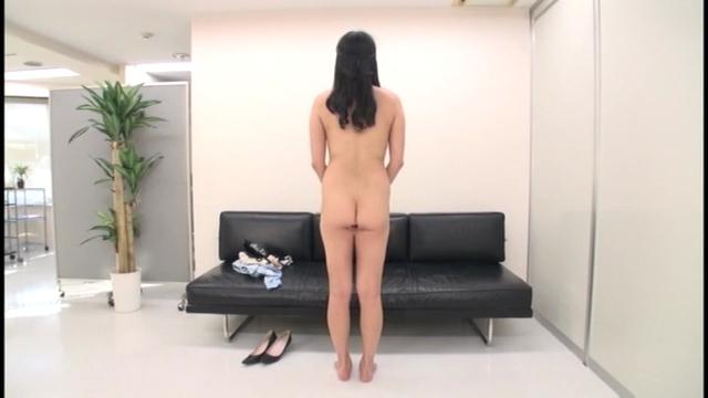 19歳かわいい彼女の中出しセックス自撮り動画をネット拡散・・・