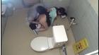 ●学生トイレこじ開けレイプ_7