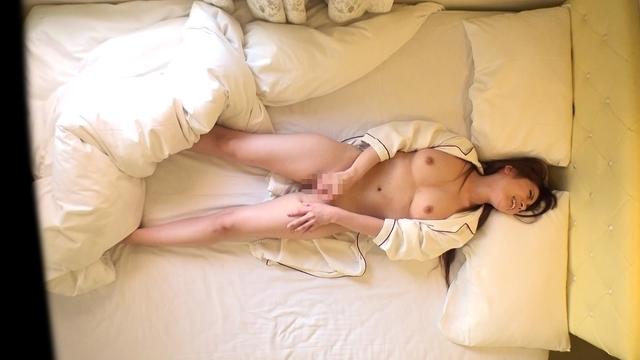 FC2 VOL.93 - 【女性投稿】お風呂を覗ける快感 性欲開放映像